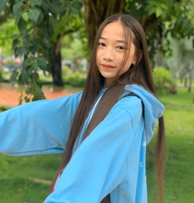 """Nữ sinh 2k7 thành """"thế lực"""" mới trên Youtube, kiếm tiền """"giắt túi"""" nhưng vẫn đạt thành tích học đáng nể - Ảnh 7"""