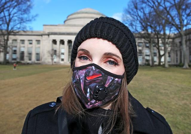 Tân sinh viên quốc tế nếu học online 100% sẽ không được cấp visa đến Mỹ - Ảnh 1