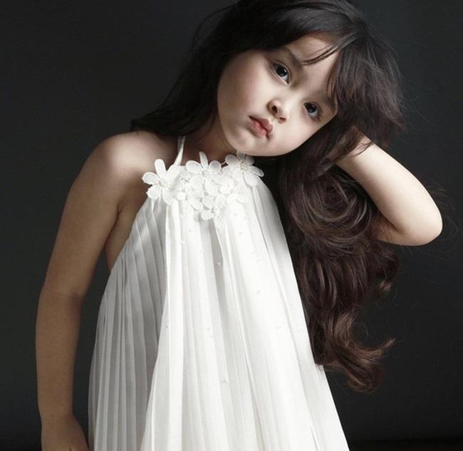 """Mê mẩn với nhan sắc trời cho của con gái mỹ nhân đẹp nhất Philippines, mới 5 tuổi cát-xê đã """"vượt mặt"""" mẹ - Ảnh 6"""