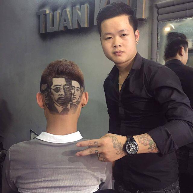 Chàng trai cắt tóc tạo hình nhân viên y tế ở Đà Nẵng để cổ vũ chống dịch Covid-19 - Ảnh 7