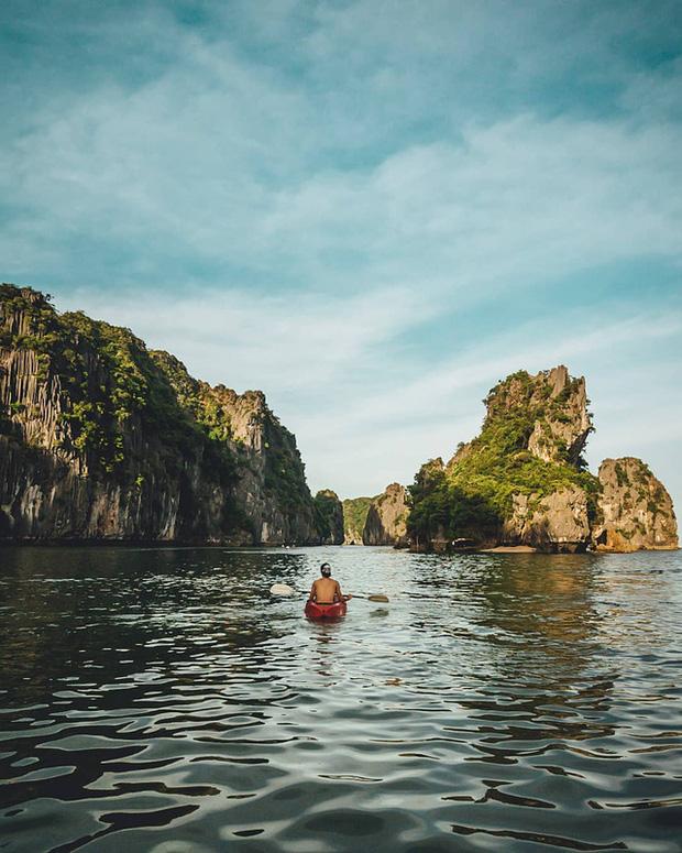 """Hè này hãy du lịch ở vịnh Lan Hạ, nơi tài tử Leonardo DiCaprio """"lăng xê"""" như thiên đường - Ảnh 2"""