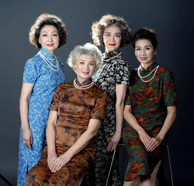 """Thả dáng trên đường phố Bắc Kinh, 4 """"lão bà quyến rũ"""" thành hiện tượng mạng  - Ảnh 5"""