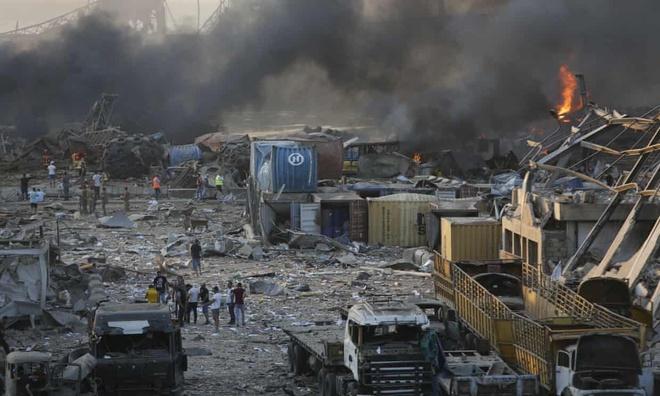 Lebanon: Hai vụ nổ lớn gây rung chuyển thủ đô Beirut, khiến hơn 4.000 người thương vong - Ảnh 2