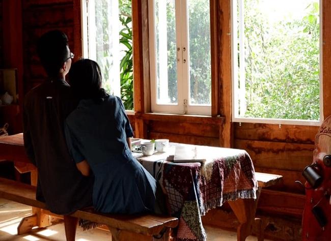"""Cặp vợ chồng 9x bỏ Sài Gòn lên núi làm """"người rừng"""", gây dựng vườn địa đàng đẹp như cổ tích - Ảnh 9"""