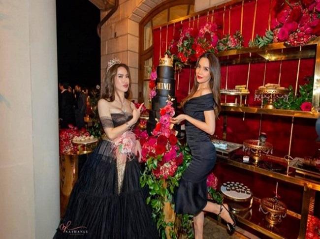 """Lấy tỷ phú Mỹ, người phụ nữ Việt ở cung điện xa hoa, hàng hiệu """"dát"""" đầy người - Ảnh 3"""