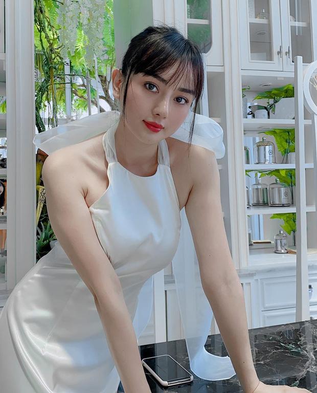 """""""Dao kéo"""" thành """"Phạm Băng Băng phiên bản Việt"""", hotgirl tận hưởng cuộc đời """"nở hoa"""", viên mãn - Ảnh 6"""