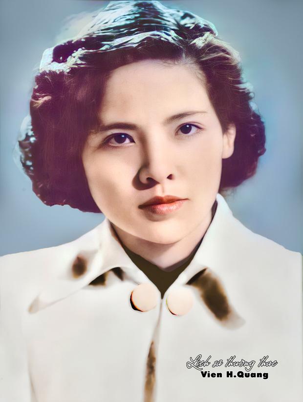 Bức ảnh phục chế tuyệt sắc giai nhân trường Dược Hà Nội 1955 gây bão, chuẩn nét đẹp con gái Hà thành xưa - Ảnh 1