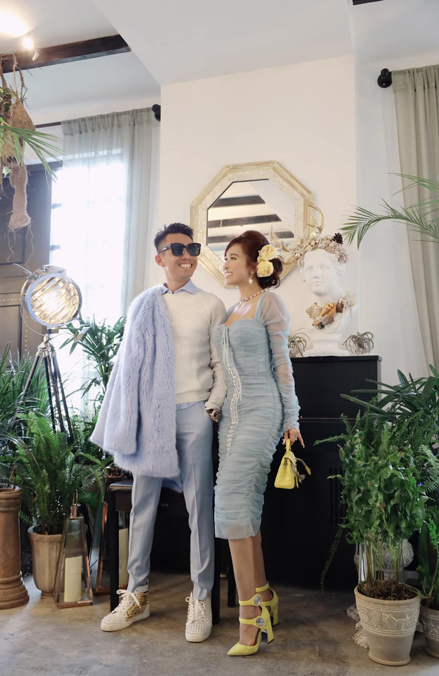 """7749 concept chụp ảnh của vợ chồng Minh Nhựa đều toát ra """"mùi của giới siêu giàu"""", dân mạng được phen """"rửa mắt"""" - Ảnh 1"""
