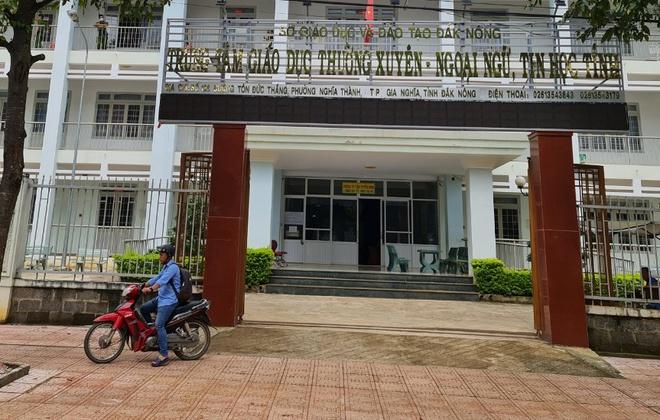 Đang thi chứng chỉ chuyên viên chính, cán bộ thanh tra tỉnh Đắk Nông đột quỵ - Ảnh 1