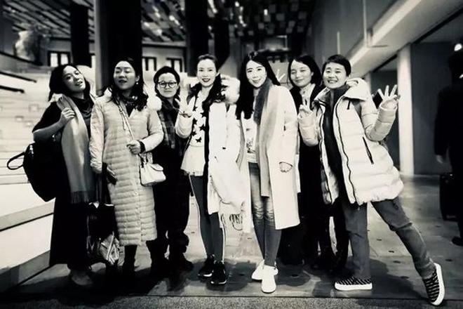 """7 cô bạn thân cùng nhau xây biệt thự rộng 700m2, cuối tuần gặp nhau """"nơi không có khói bụi thành phố"""" - Ảnh 1"""