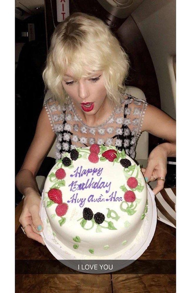 """""""Thánh photoshop"""" phù phép """"mời"""" Taylor Swift cùng hàng loạt siêu sao Hollywood đến dự sinh nhật - Ảnh 2"""
