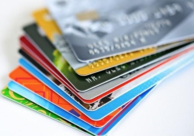 Ngân hàng Nhà nước dừng phát hành thẻ từ ATM, thay thế bằng thẻ chip từ 31/3/2021 - Ảnh 1