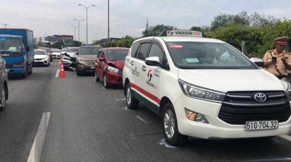 Tin tai nạn giao thông ngày 2/1: 11 người chết vì TNGT trong ngày đầu năm - Ảnh 2