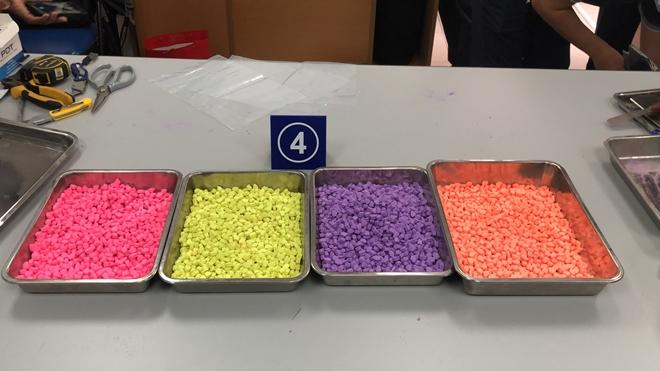 Hải quan TP.HCM bắt giữ hơn 31kg ma túy: Hé lộ chiêu thức ngụy trang tinh vi - Ảnh 1
