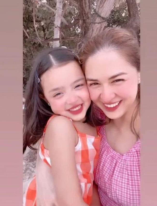 """Lịm tim trước bức hình """"mỹ nhân đẹp nhất Philippines"""" cùng con gái nhỏ - Ảnh 3"""