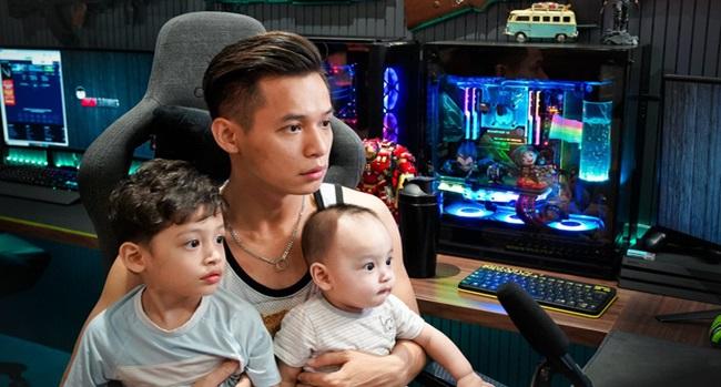 Độ Mixi khoe con trai thứ 2 trên sóng livestream, dân mạng phát sốt với thần thái triệu view - Ảnh 6