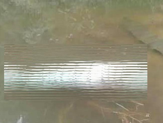 Sơn La: Tá hỏa phát hiện thi thể người phụ nữ quấn trong bao tải, nổi trên mặt hồ - Ảnh 1