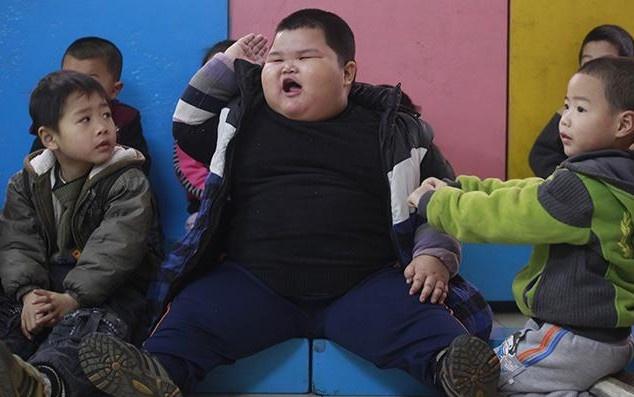 Tin tức đời sống ngày 4/1: Cậu bé Trung Quốc nặng 90kg khi mới 6 tuổi - Ảnh 1