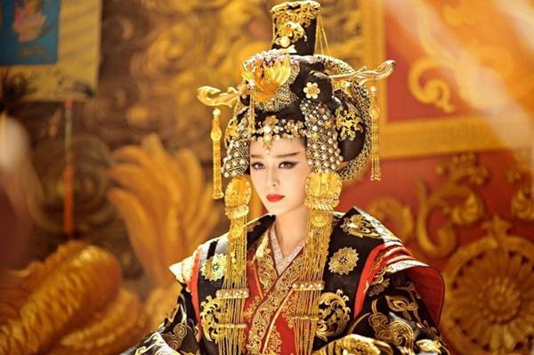 """Hoàng hậu Võ Tắc Thiên lạnh lùng tàn độc nhưng chỉ cần nhắc đến 2 thứ này là sợ """"khiếp vía"""" - Ảnh 1"""