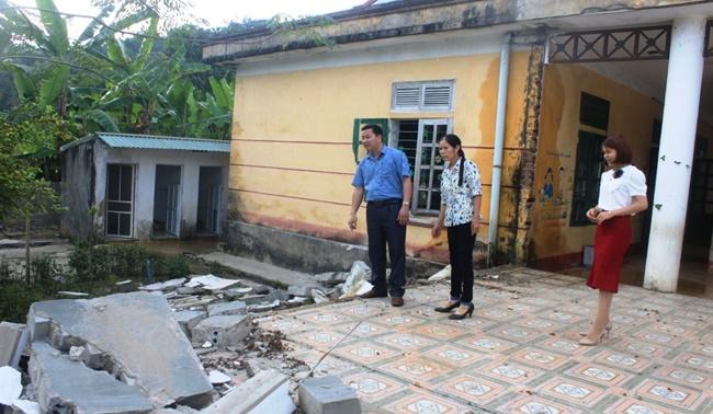 Thanh Hóa: Cận cảnh trường mầm non sụt lún, tường sập đổ, 200 học sinh phải đi học nhờ  - Ảnh 4