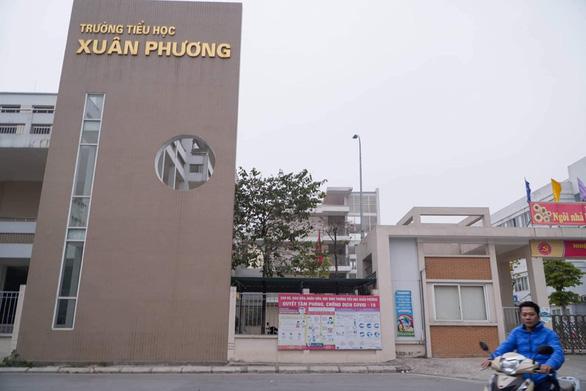 Hà Nội: Hiệu trưởng trường TH Xuân Phương tự nguyện cách ly cùng học trò trong 21 ngày - Ảnh 1