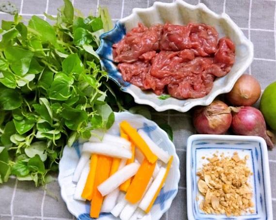 Thịt bò trộn rau càng cua đủ chất dinh dưỡng, lại giúp da đẹp lên trông thấy - Ảnh 1