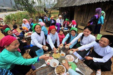 Phong tục gọi hồn trong ngày Tết Tân Sửu 2021 của người Thái - Ảnh 1