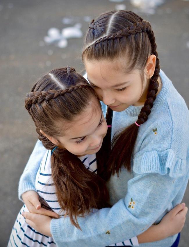 Mê mẩn trước 1001 kiểu tóc mẹ tết cho con gái, mái tóc thành kiệt tác 3D tuyệt phẩm - Ảnh 7