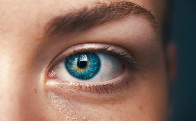 Tin tức đời sống ngày 22/3: Kỳ lạ người phụ nữ mắc chứng bệnh chảy máu mắt - Ảnh 1