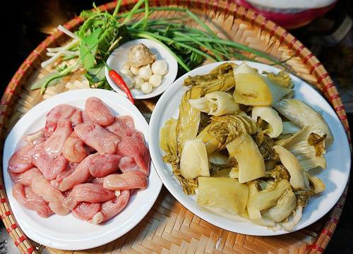 Bao tử cá ba sa xào dưa chua giòn sần sật, ăn đưa cơm vô cùng - Ảnh 1