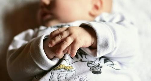 """Tin tức đời sống ngày 4/4: Bé trai đầu tiên trên thế giới sinh ra với ba """"cậu bé"""" - Ảnh 1"""