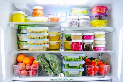 Mẹo tiết kiệm tiền điện tủ lạnh chỉ nhờ một bát nước, cách làm lại vô cùng đơn giản - Ảnh 2