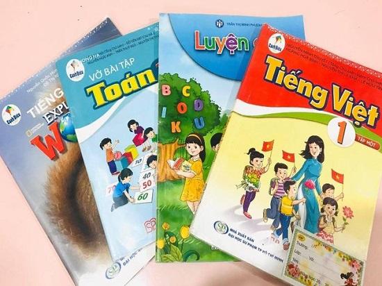 Bộ GD&ĐT đề nghị Hội đồng thẩm định kiểm tra các nội dung sách giáo khoa lớp 1 - Ảnh 1