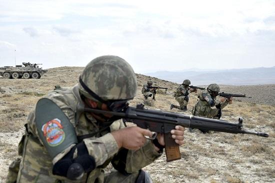"""Xung đột Armenia-Azerbaijan: Minh chứng cho sức mạnh """"tàn khốc"""" của loạt vũ khí hiện đại - Ảnh 1"""