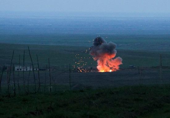 """Xung đột Armenia-Azerbaijan: Minh chứng cho sức mạnh """"tàn khốc"""" của loạt vũ khí hiện đại - Ảnh 2"""