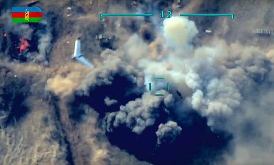 """Xung đột Armenia-Azerbaijan: Minh chứng cho sức mạnh """"tàn khốc"""" của loạt vũ khí hiện đại - Ảnh 3"""
