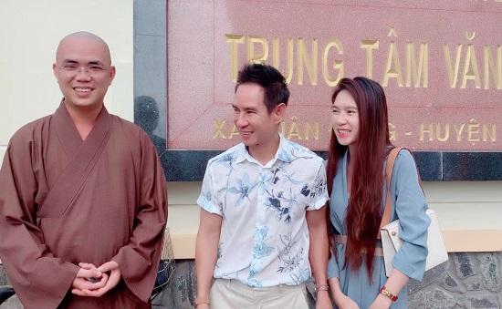 Lý Hải - Minh Hà quyên góp 2,5 tỷ đồng ủng hộ miền Trung - Ảnh 1