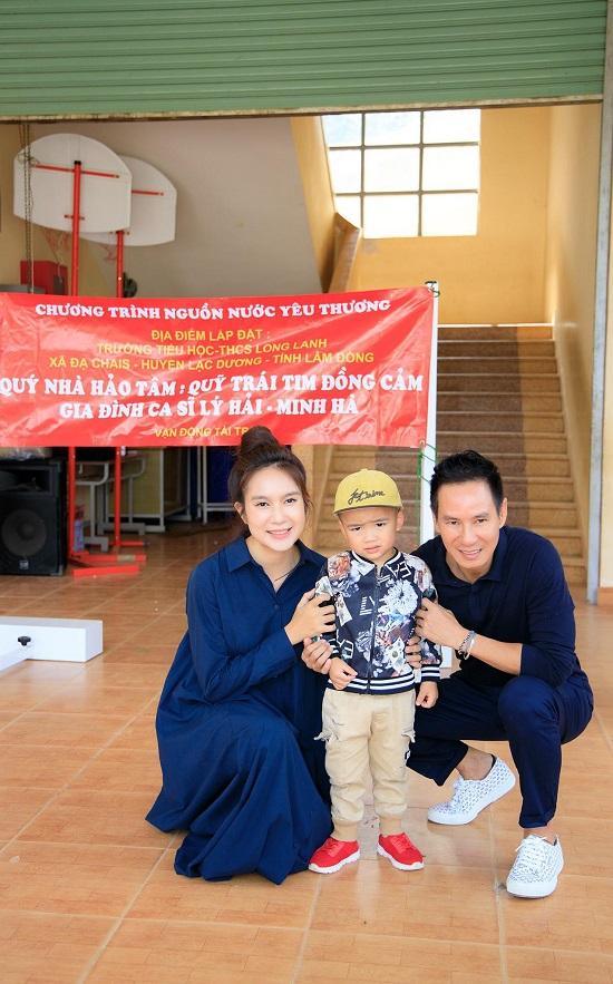 Lý Hải - Minh Hà quyên góp 2,5 tỷ đồng ủng hộ miền Trung - Ảnh 3