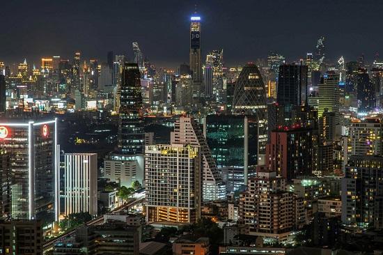 Khối tài sản 40 tỷ USD gây tranh cãi của quốc vương Thái Lan  - Ảnh 2