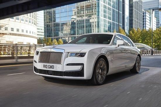 """Chiêm ngưỡng siêu xe Rolls-Royce Ghost 2021 giá """"ngất ngưởng"""" 6,3 tỷ đồng - Ảnh 1"""