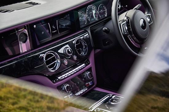 """Chiêm ngưỡng siêu xe Rolls-Royce Ghost 2021 giá """"ngất ngưởng"""" 6,3 tỷ đồng - Ảnh 4"""