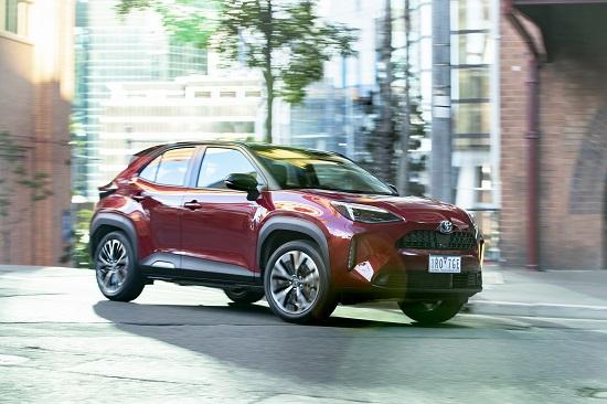 """""""Ông trùm xe phổ thông"""" Toyota ra mắt bản Yaris Cross, giá chỉ từ 445 triệu đồng - Ảnh 2"""