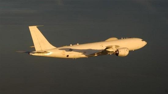 """Máy bay """"ngày tận thế"""" của Mỹ cất cánh hôm Tổng thống Trump mắc COVID-19 - Ảnh 1"""