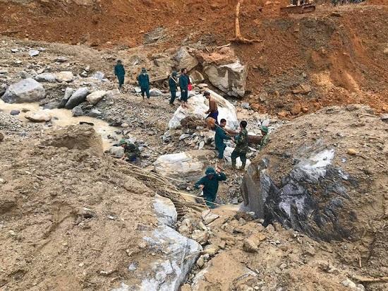 Vụ sạt lở kinh hoàng ở Trà Leng: Danh tính 22 người chết và mất tích  - Ảnh 1