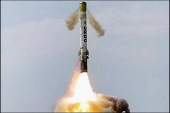 Ấn Độ thử nghiệm thành công tên lửa chiến thuật siêu âm Shaurya - Ảnh 2