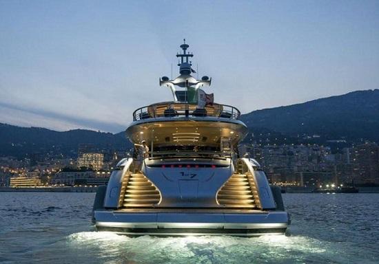 Khám phá du thuyền hơn 300 tỷ lấy cảm hứng từ siêu xe Porsche 911 - Ảnh 6