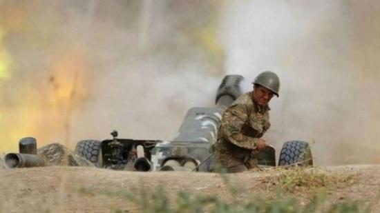 """Xung đột Armenia-Azerbaijan: Cả 2 nước bị cáo buộc sử dụng """"vũ khí cấm"""" - Ảnh 1"""