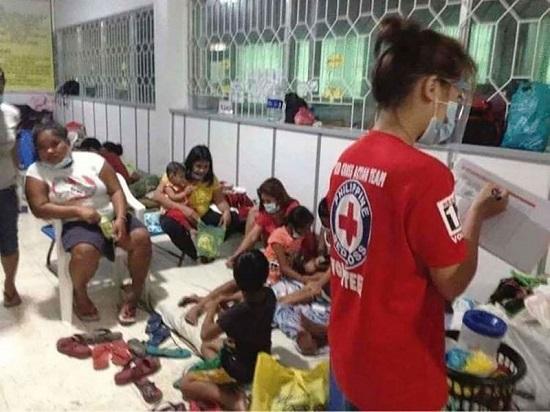"""Chùm ảnh: Siêu bão Goni """"càn quét"""" Philippines với sức mạnh tàn khốc  - Ảnh 8"""