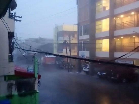 """Chùm ảnh: Siêu bão Goni """"càn quét"""" Philippines với sức mạnh tàn khốc  - Ảnh 9"""