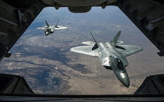 Mỹ đồng ý bán chiến đấu cơ tàng hình F-22 cho Israel - Ảnh 1